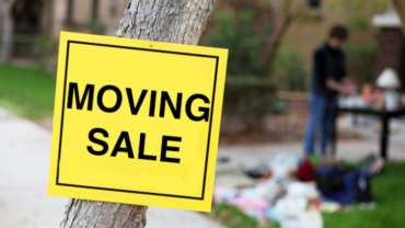 How to Have a Moving Sale